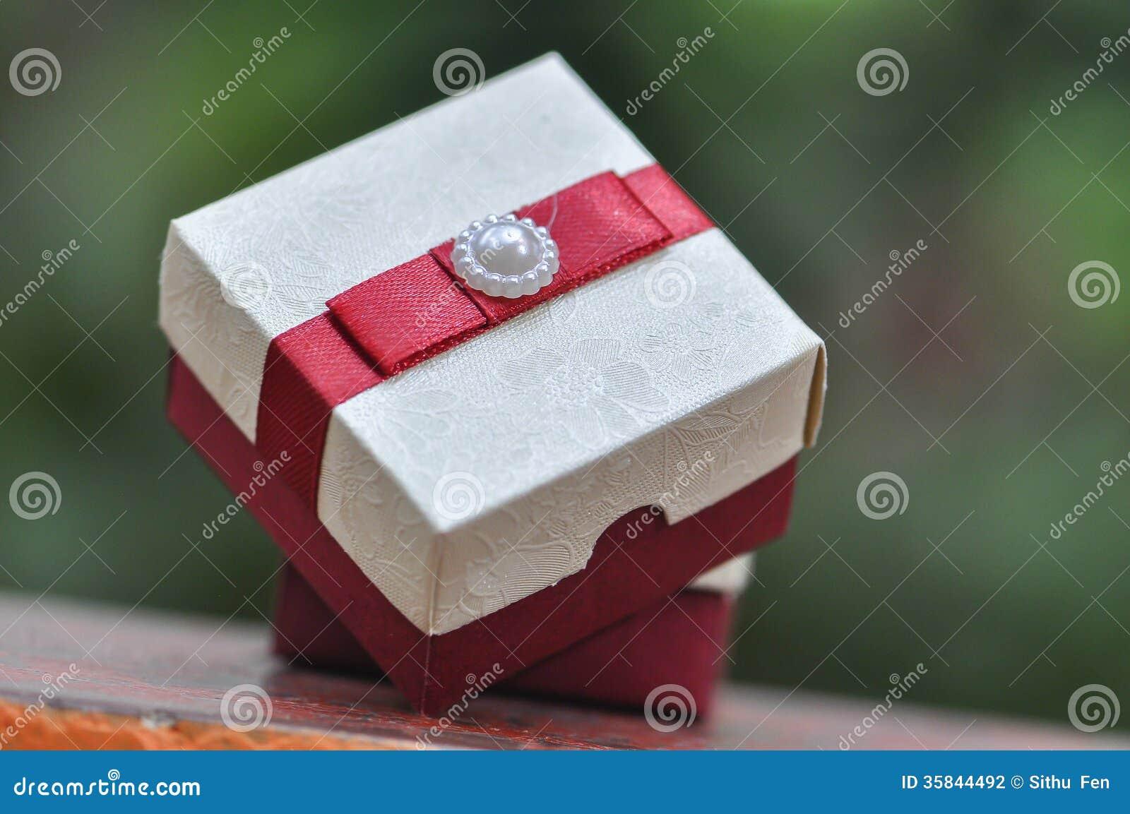 Pictures of wedding cake boxes – Wedding celebration blog