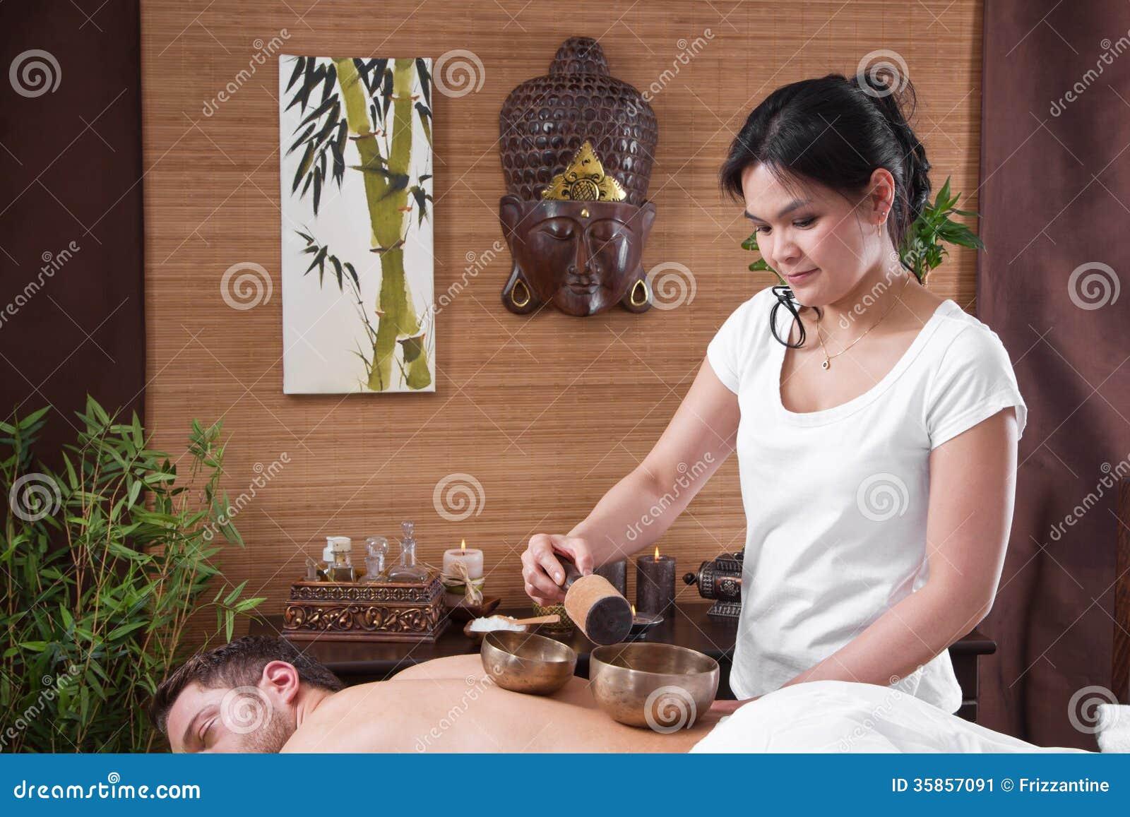 Japanese Man Massages Girl 'young japanese girls massage'