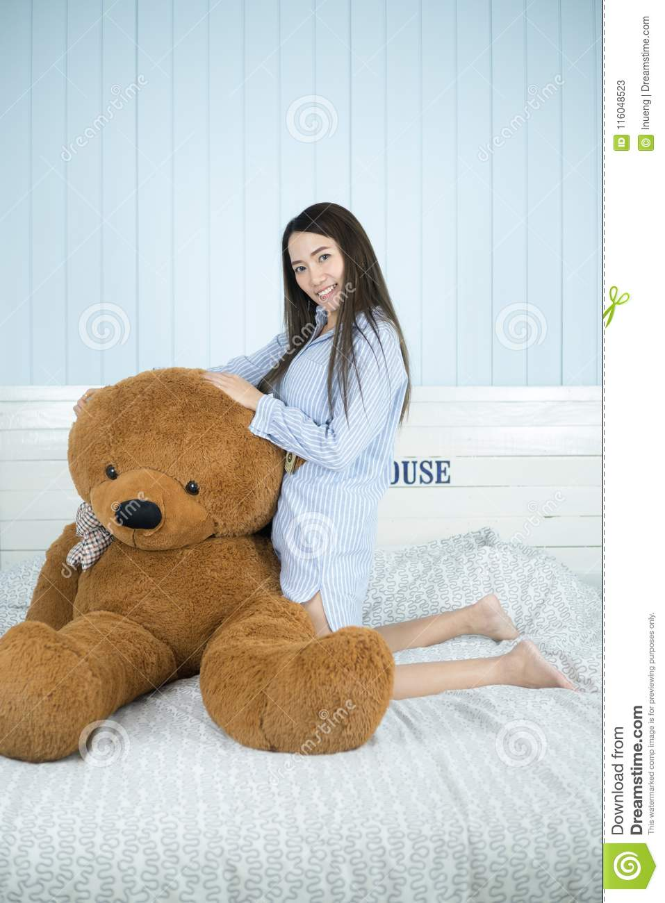 Have thought asian teddy bear not see