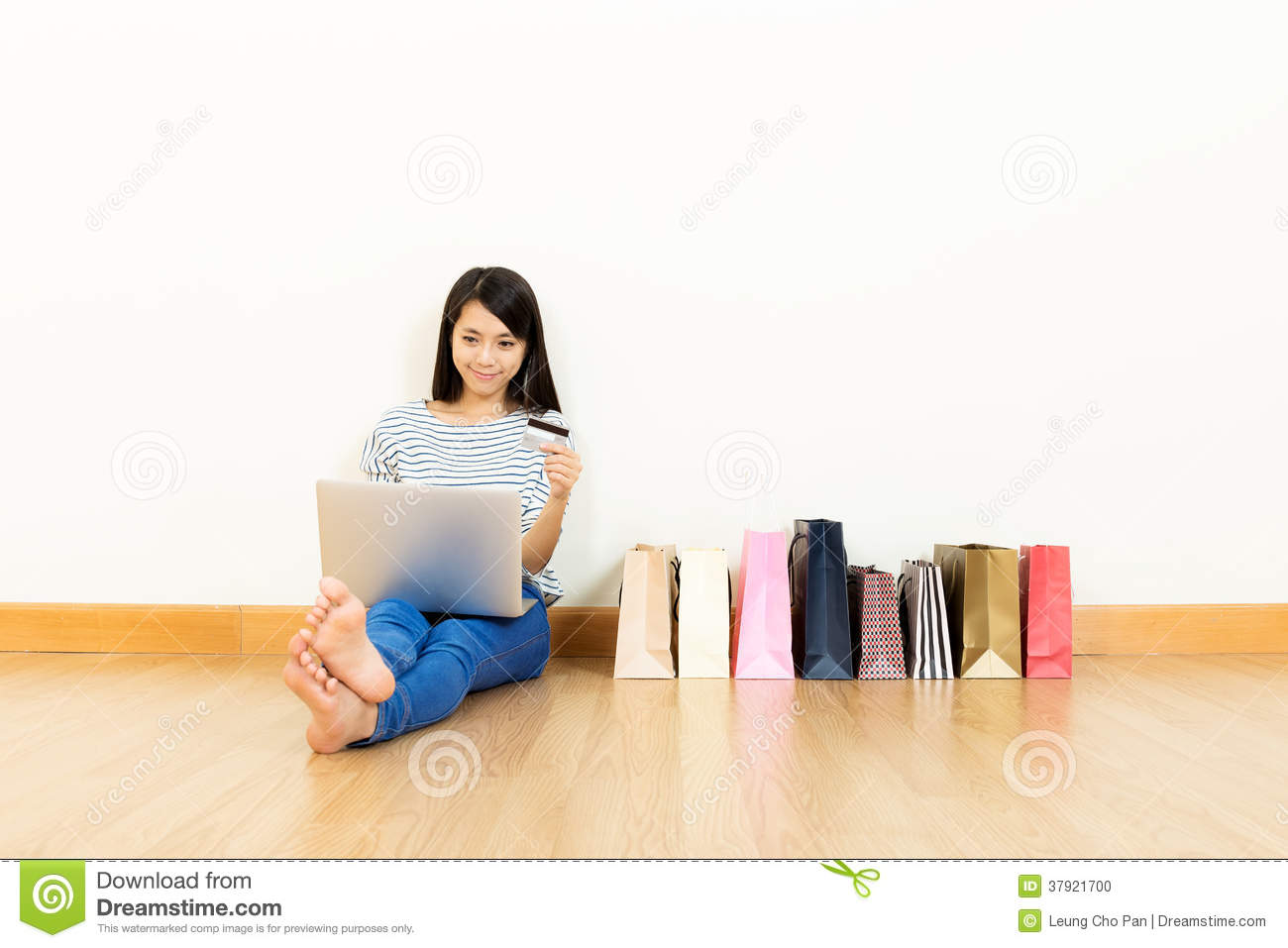 Asian Woman Shopping Online Stock Photo - Image: 37921700