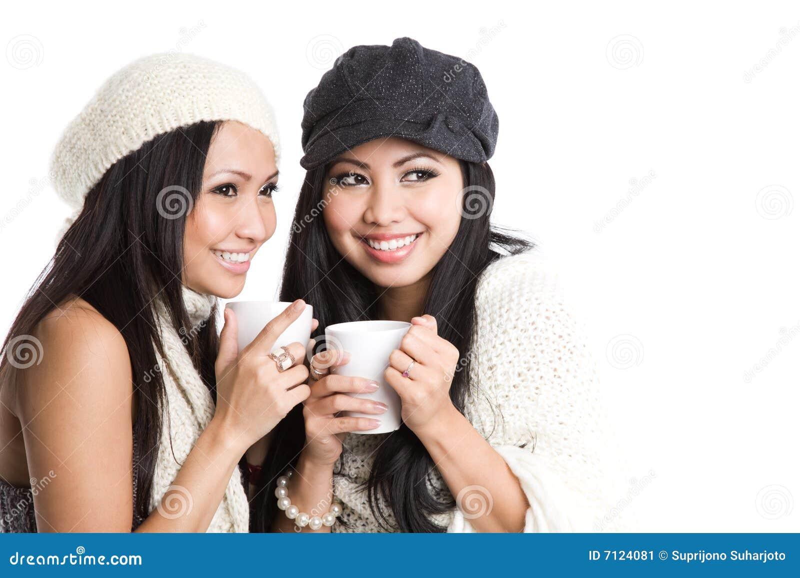 asiatische frauen die kaffee trinken stockbild bild 7124081. Black Bedroom Furniture Sets. Home Design Ideas