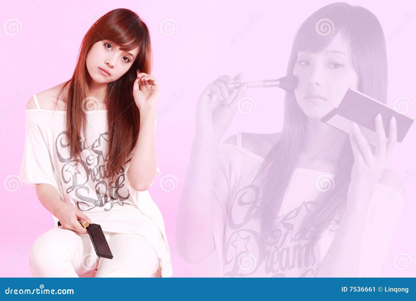 Asiatisches Mädchenbilden