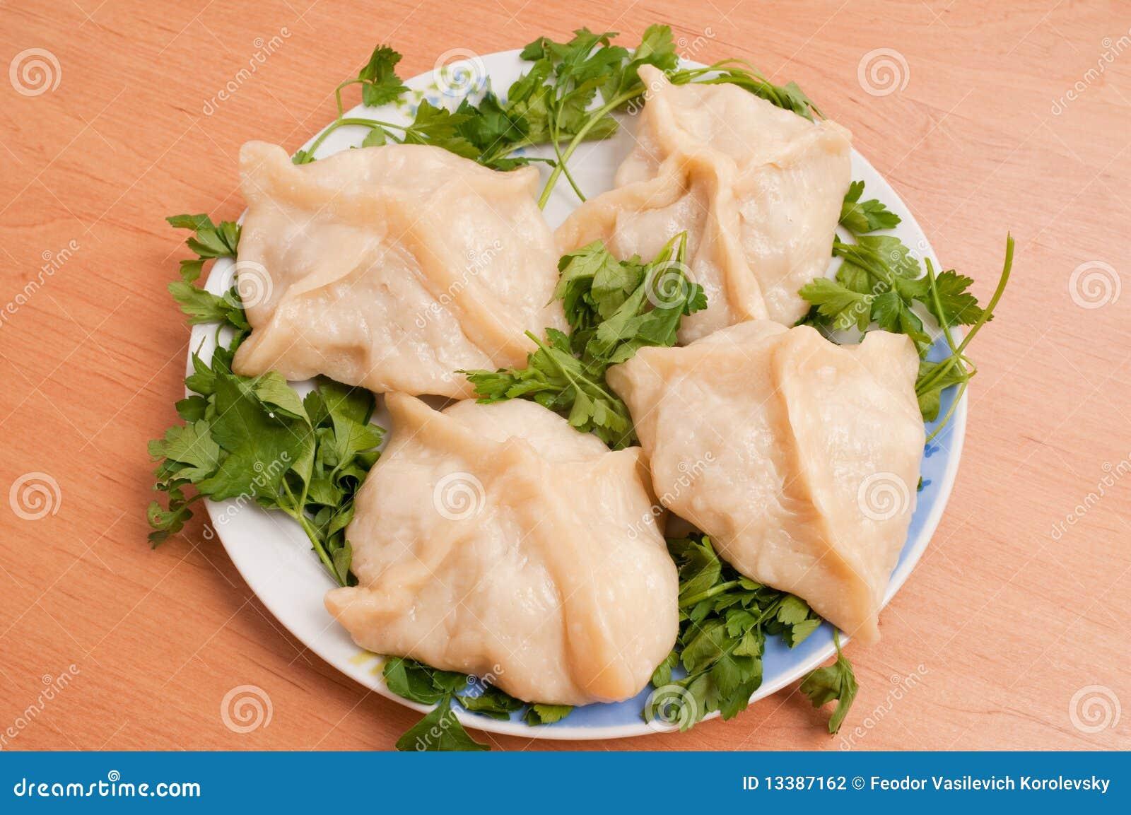 Asiatisk ångad maträttmanti