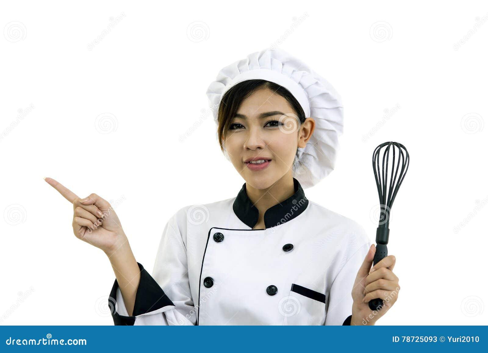 Asiatisk kockkock för ung kvinna på vit