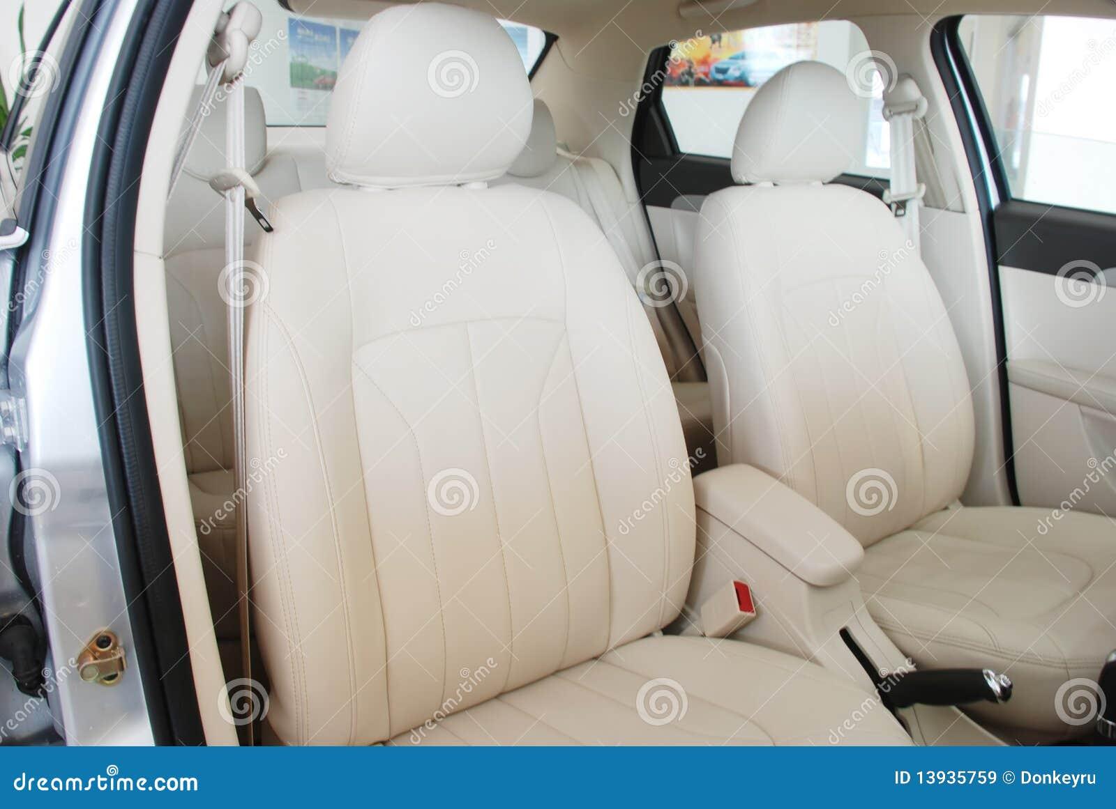 Asientos traseros del coche