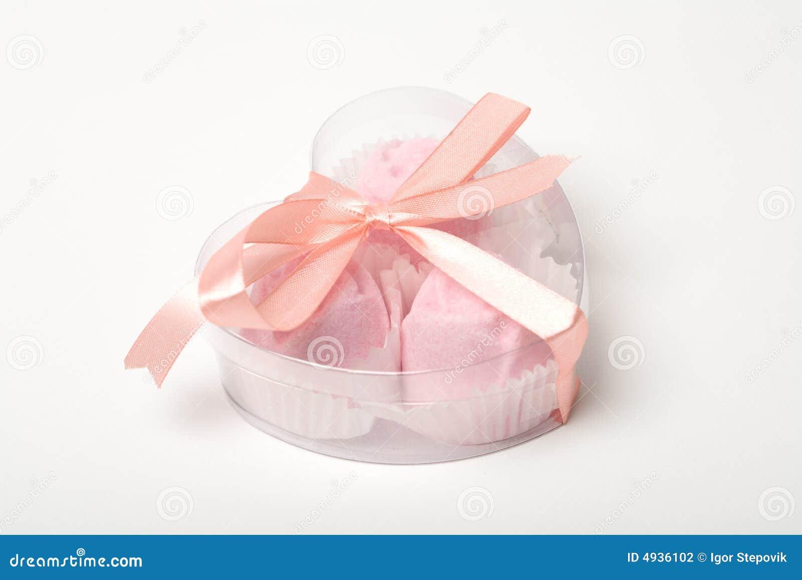 Asken bakar ihop hjärta little över pinken formad white