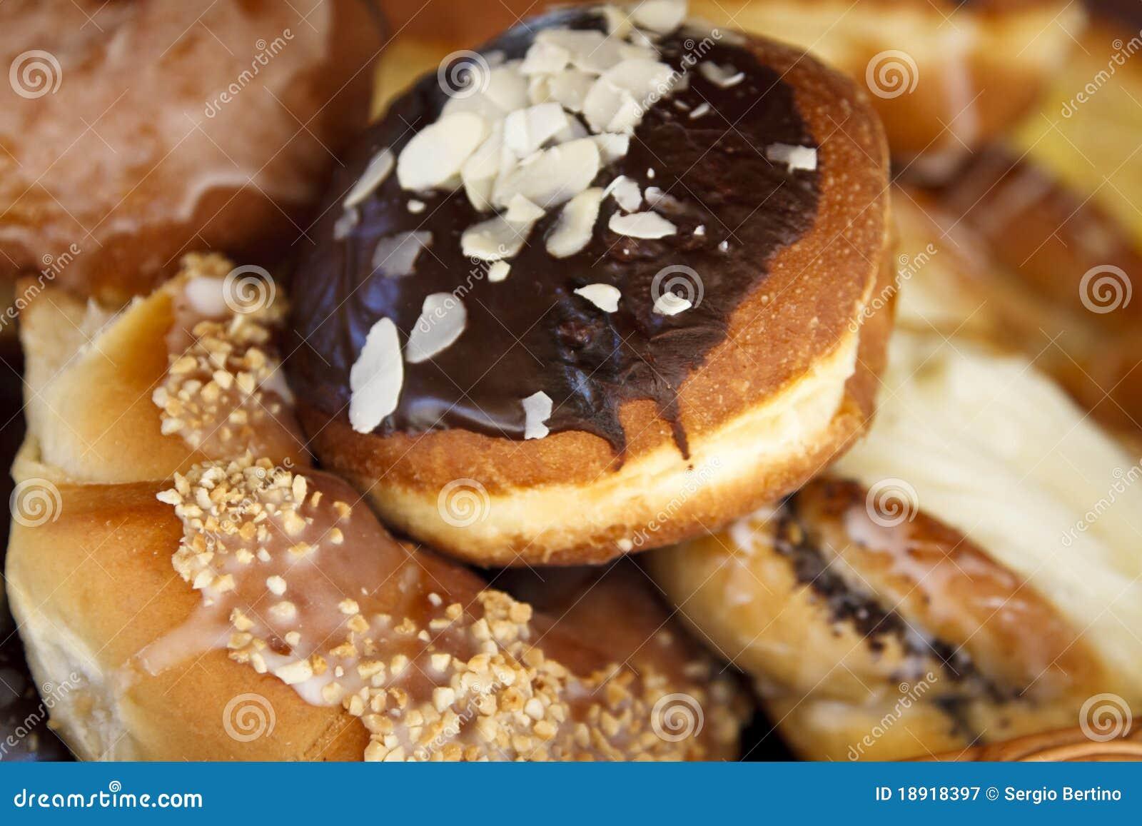 Asortowani donuts