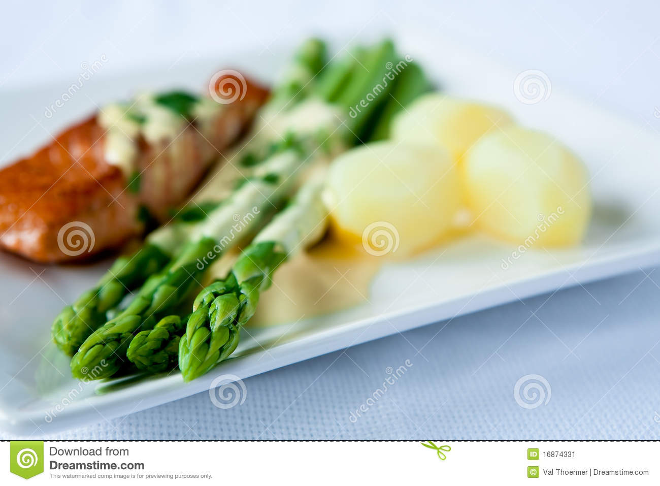 Asparagus stock image image 16874331 for Fish and asparagus