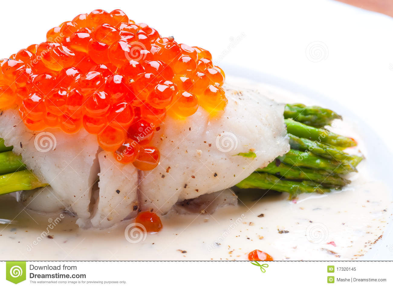 Asparagus with fish and red caviar in creamy sauce royalty for Fish and asparagus