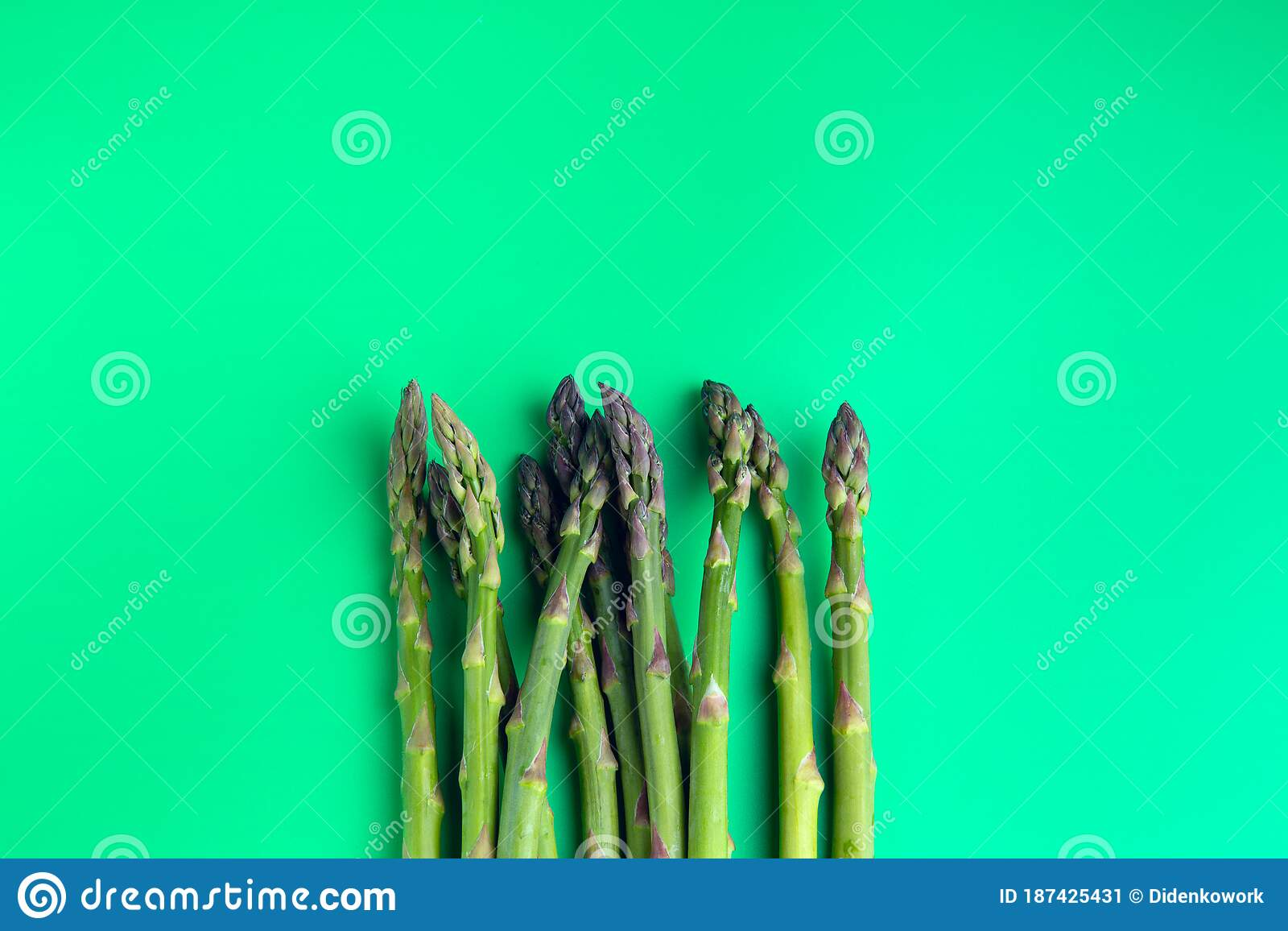 Asparagus On A Plain Green Background Stock Image Image Of Salad Cook 187425431