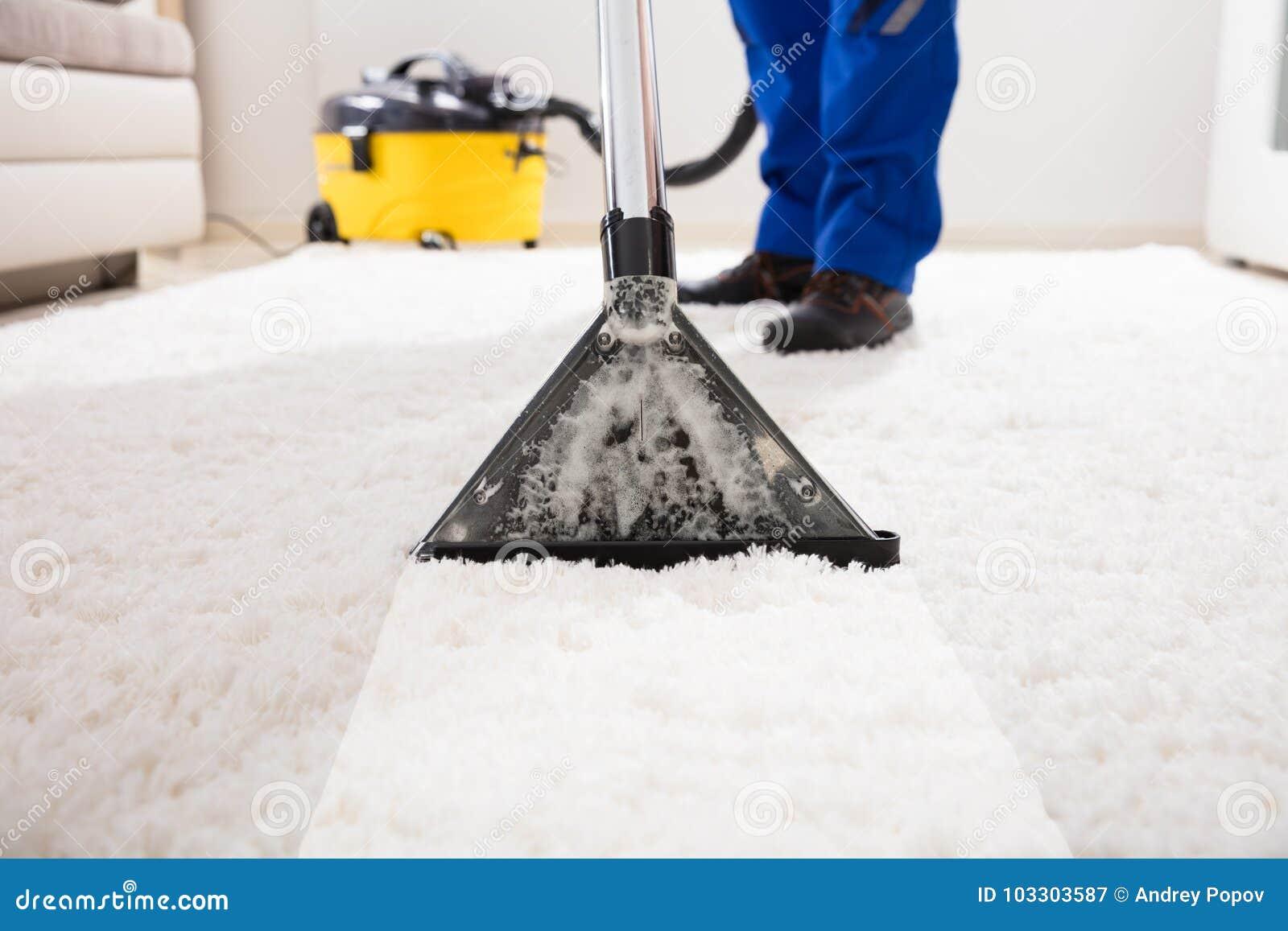 Aspirateur de Cleaning Carpet With de portier