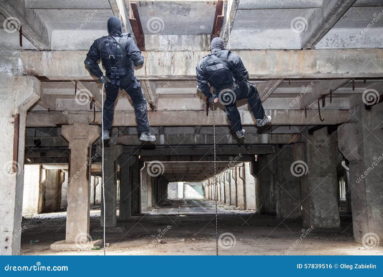 Assaut rappeling