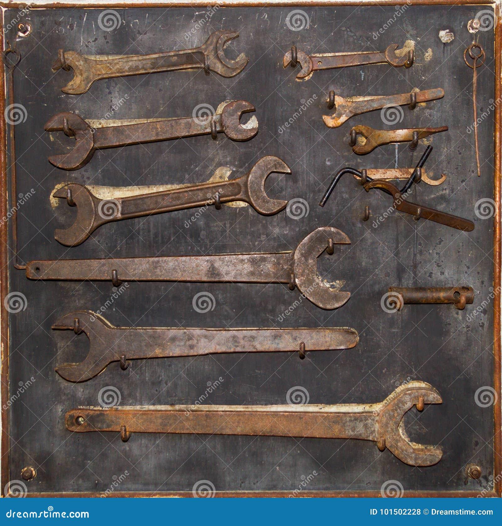 Assembly keys