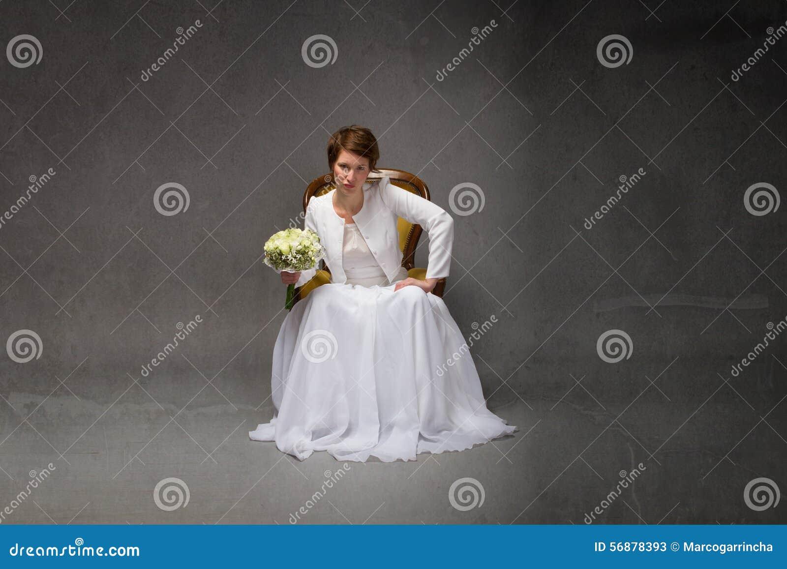 Assento infeliz da noiva