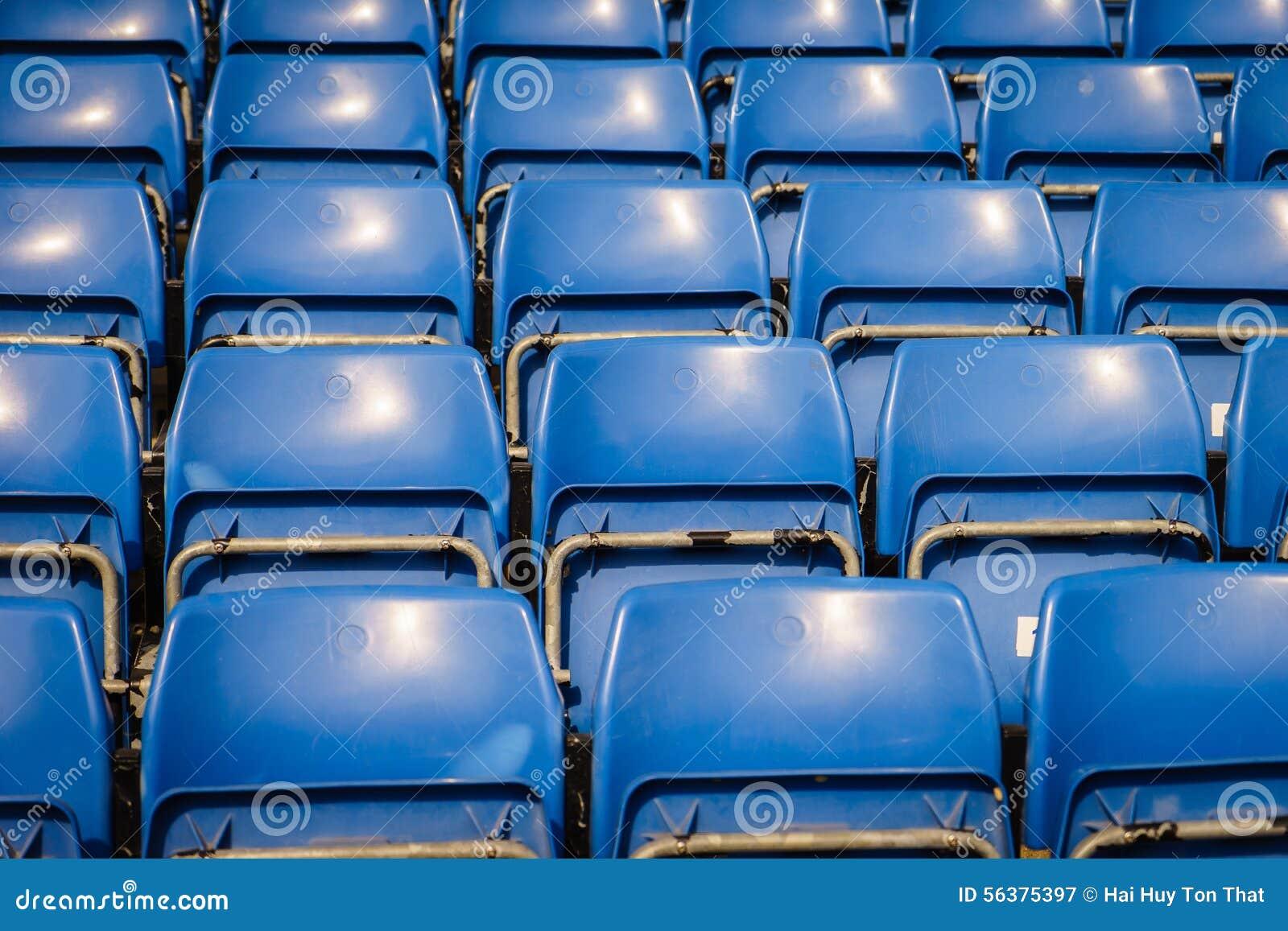 Assentos verdes do estádio