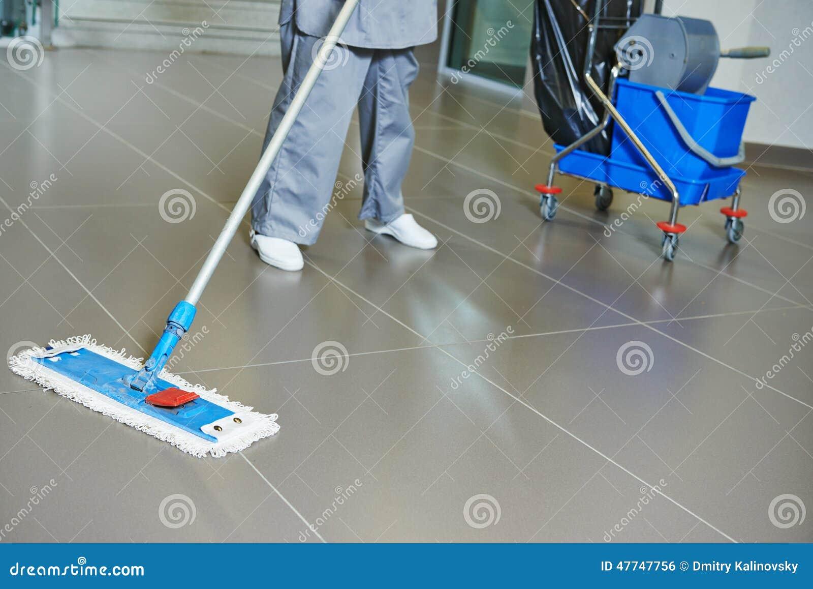 Assoalho da limpeza