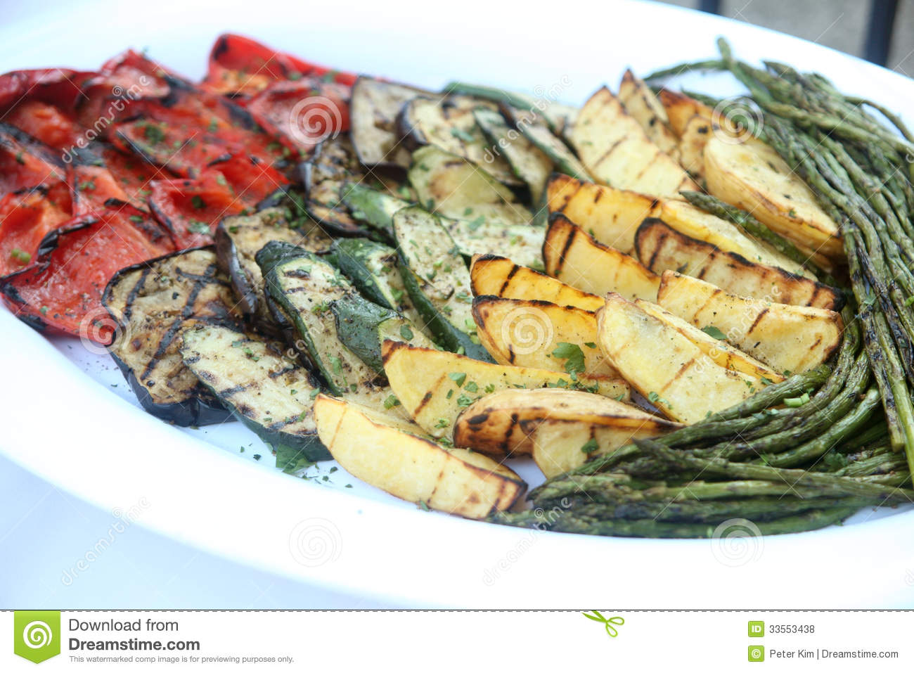 assorted-grilled-vegetables-plate-335534
