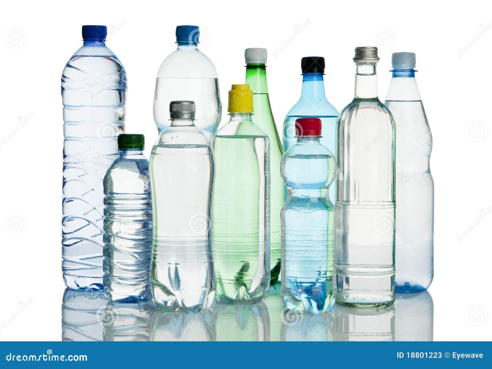 Assortiment des bouteilles d eau minérales