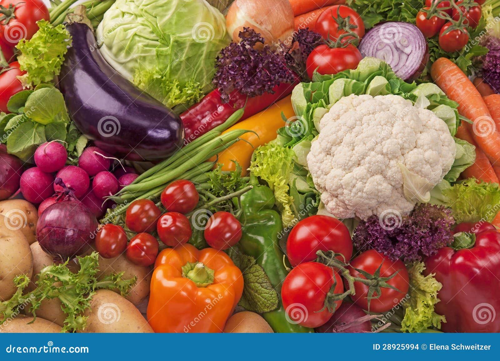 Assortiment des légumes frais