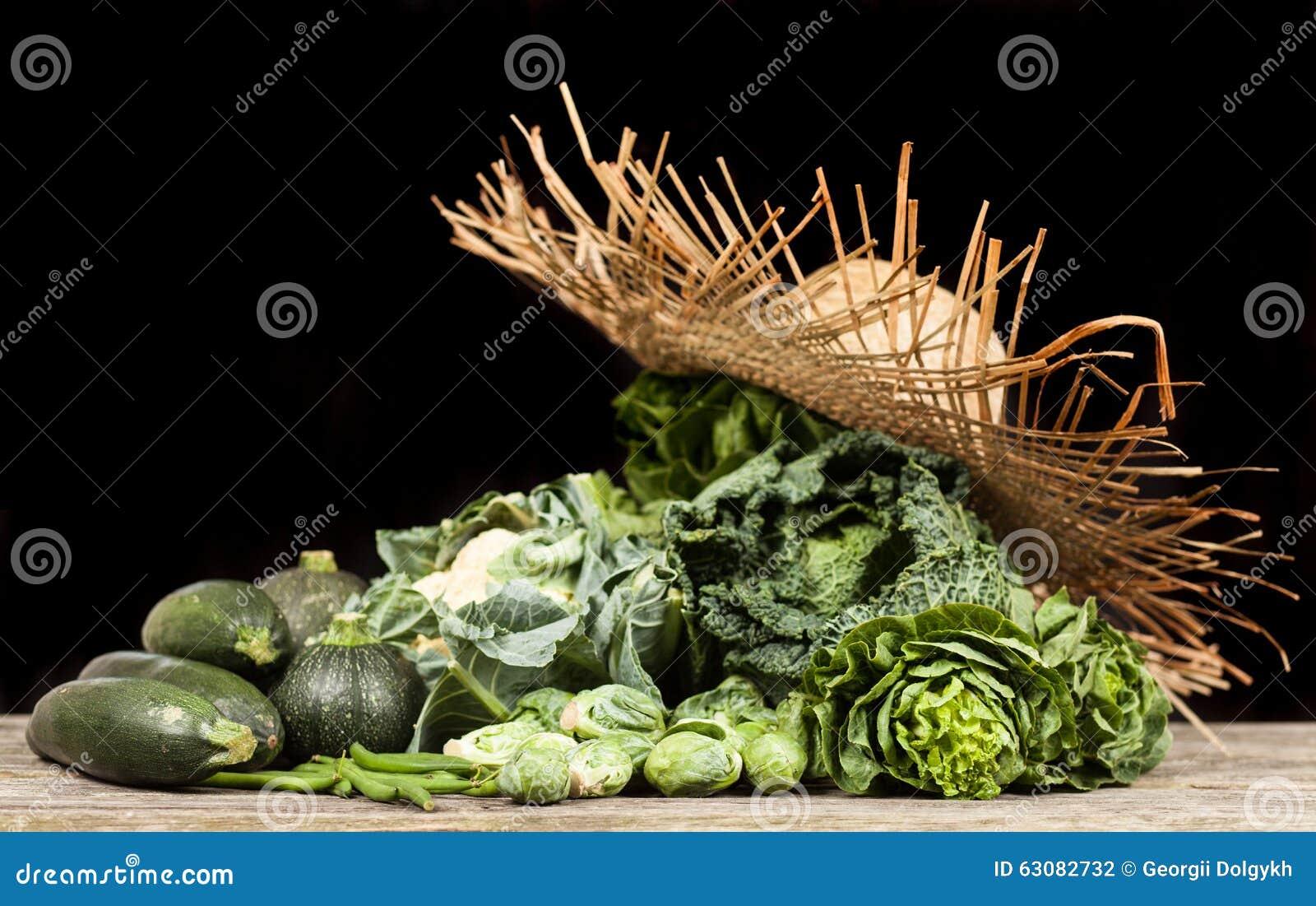 Download Assortiment Des Légumes Verts Photo stock - Image du feuillu, collecte: 63082732