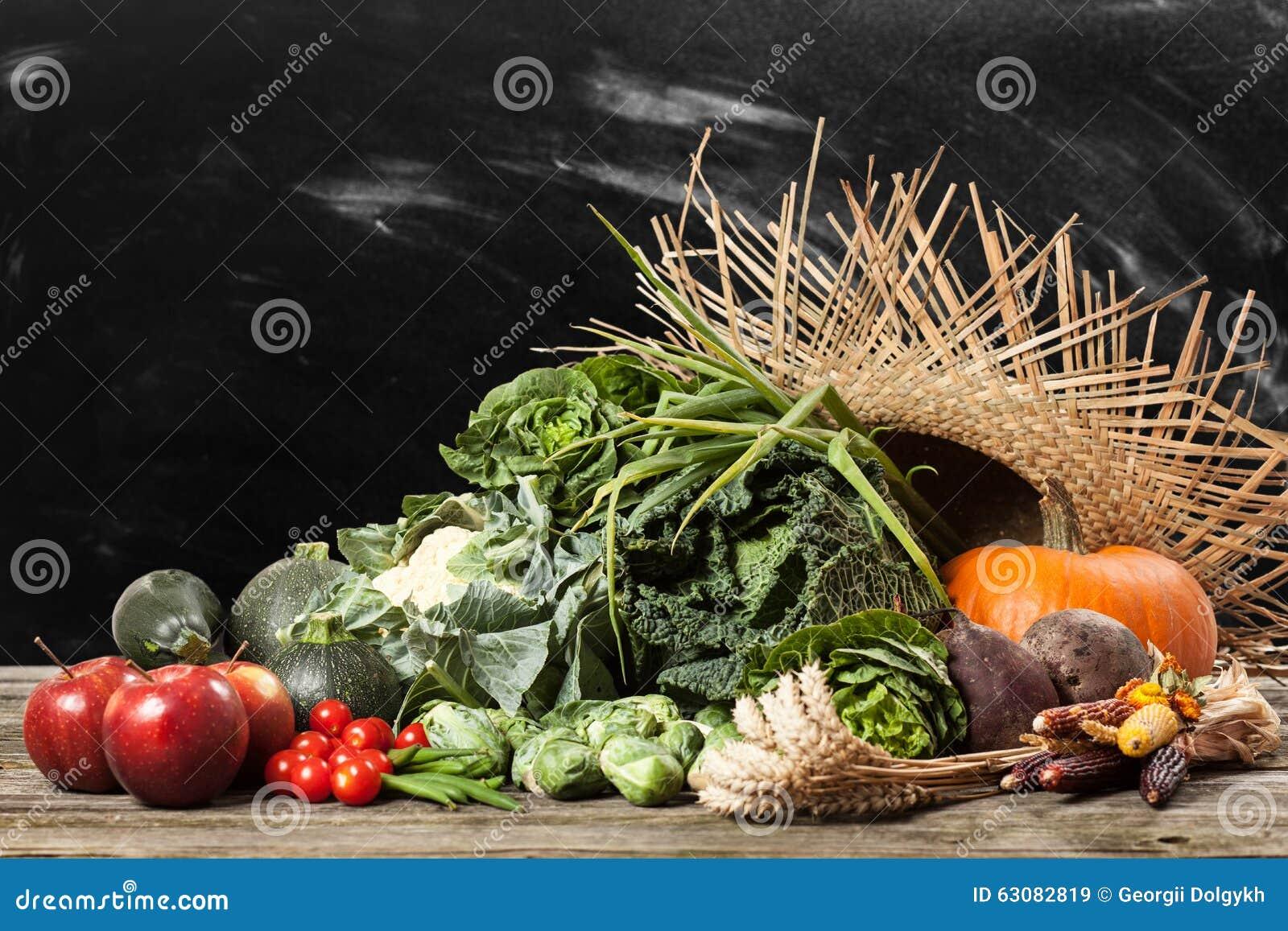 Download Assortiment Des Légumes Verts Image stock - Image du oignon, fleur: 63082819