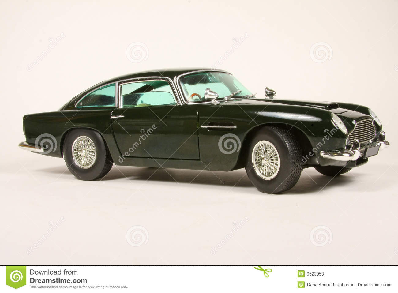 183 Martin Db5 Photos Free Royalty Free Stock Photos From Dreamstime