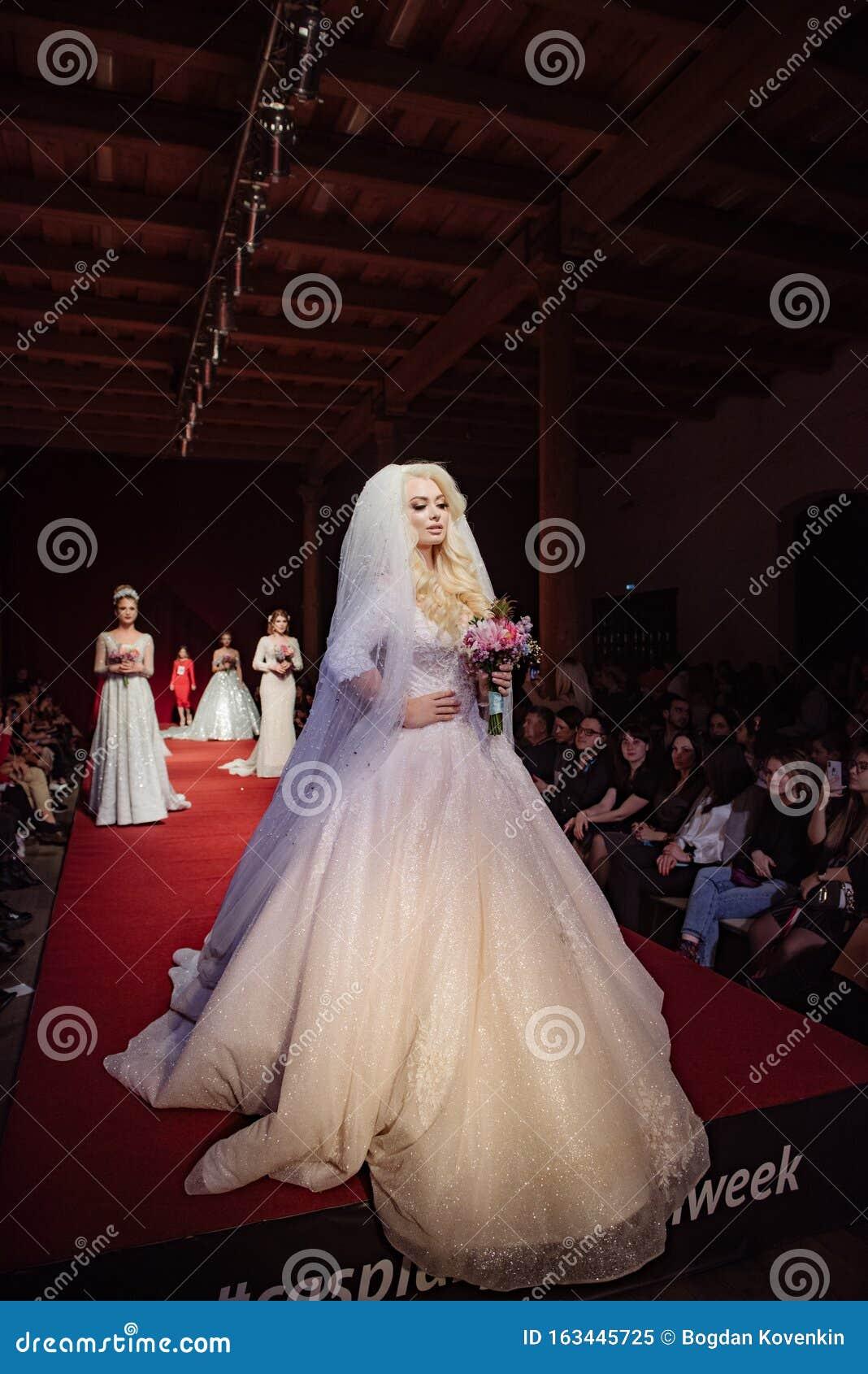 ASTRAKHAN RUSSIA   NOVEMBER 20, 2209. Caspian Fashion Week.Female ...