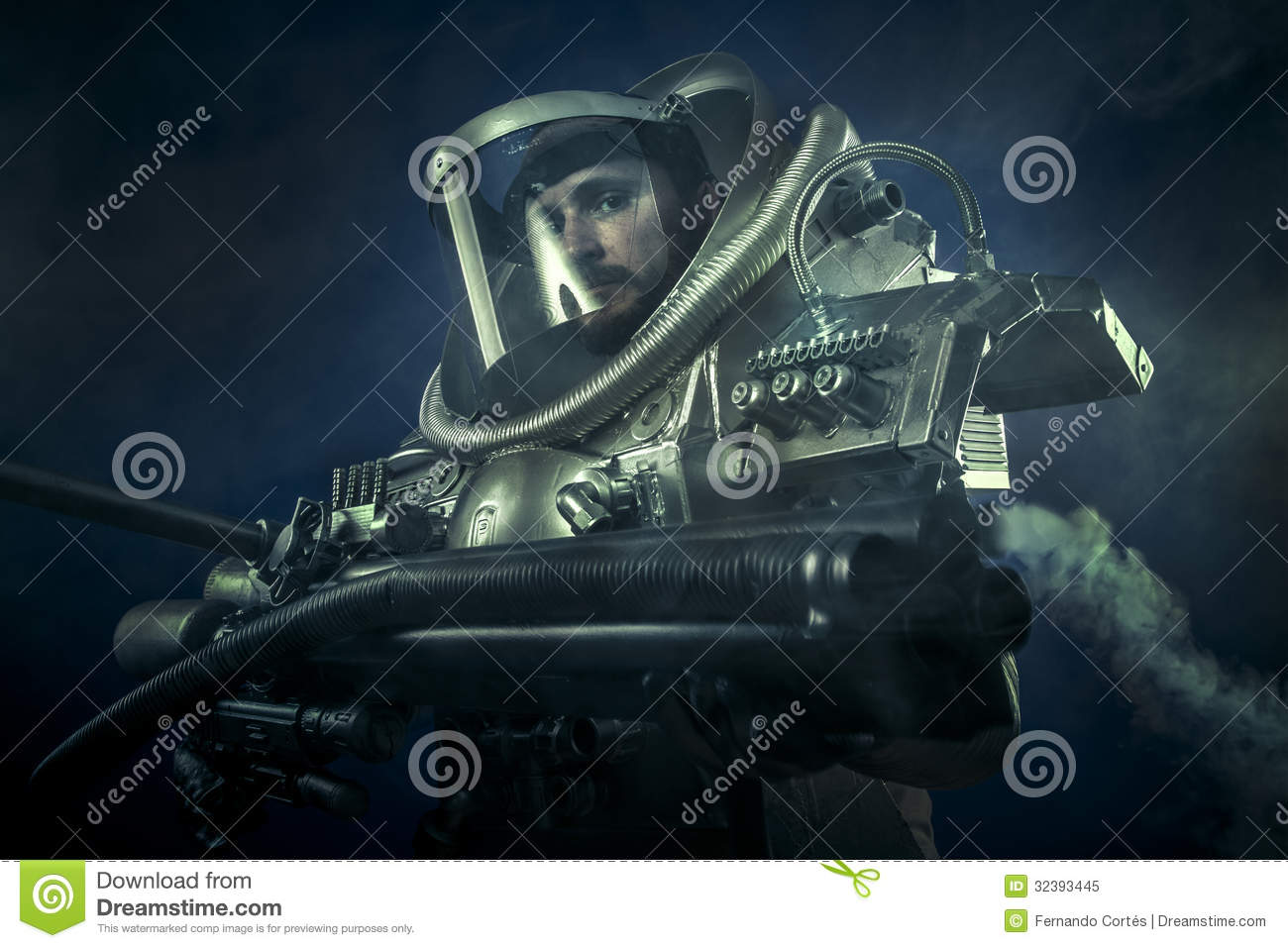 astronaut with weapon - photo #1