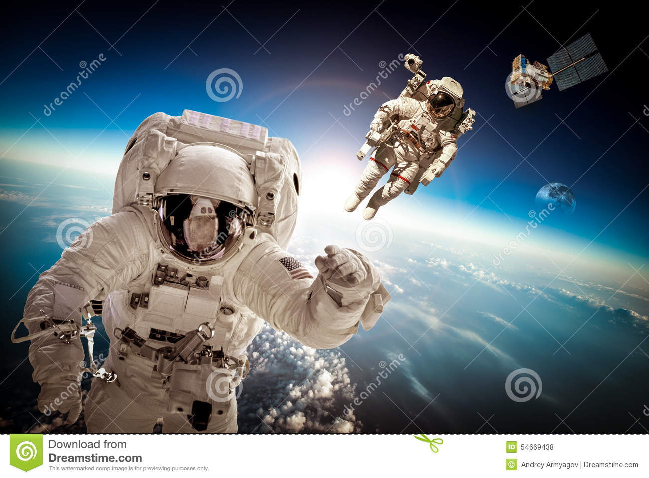 astronaut in outer space - photo #7
