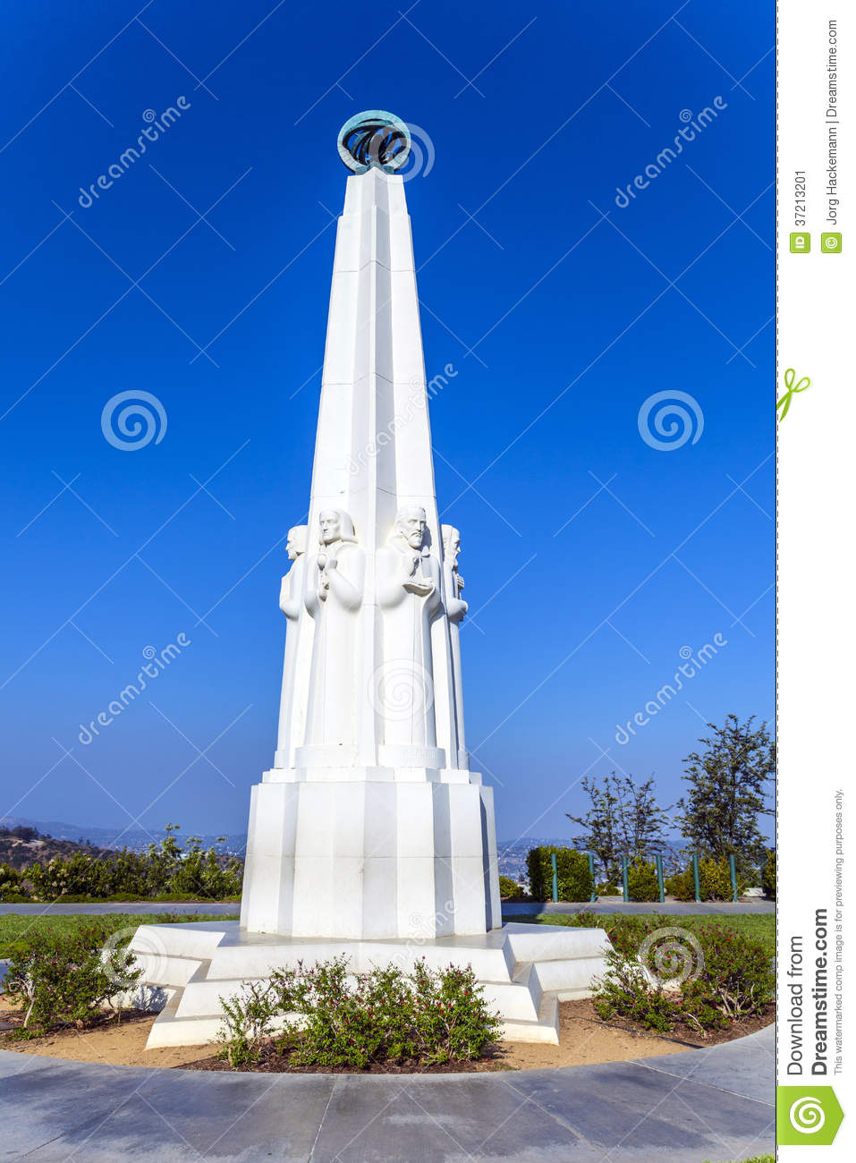 Astronomenmonument bei Griffith Observatory in Los Angeles