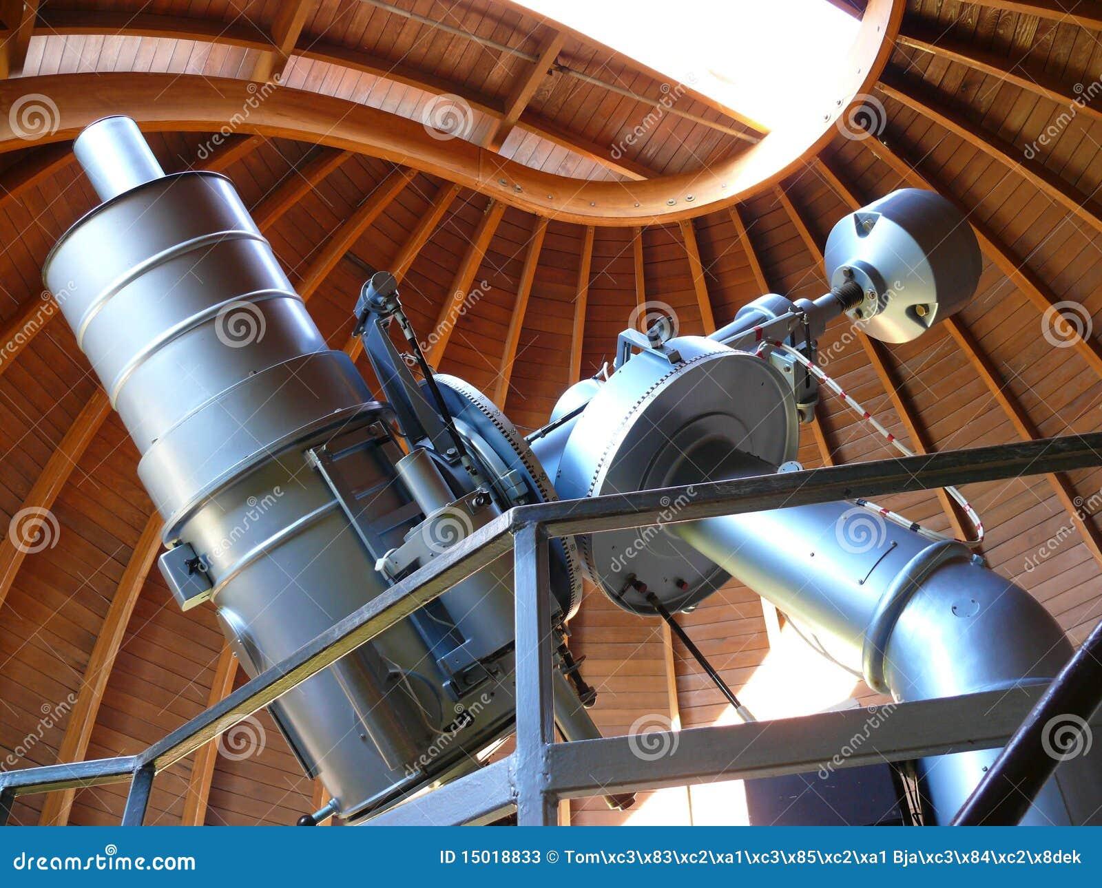 Astronomisches teleskop stockbild bild von haube astronomie