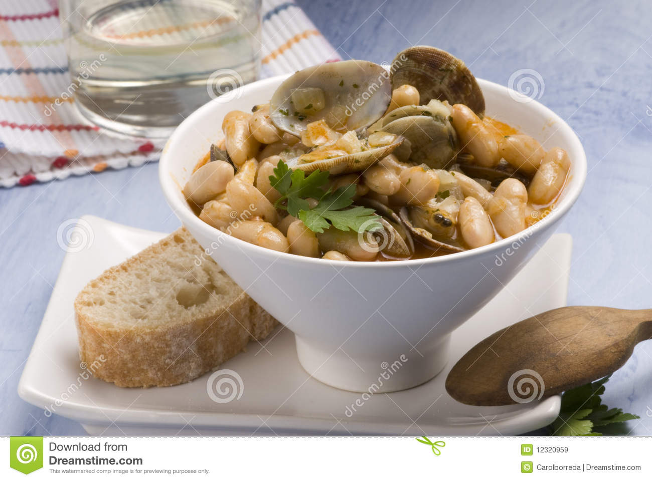 Asturian clams and beans spanish cuisine royalty free for Asturian cuisine