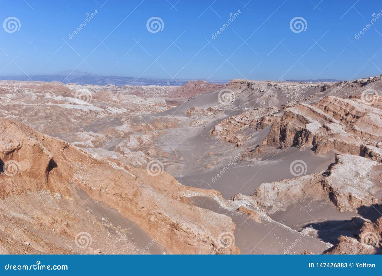 Atacama desert, canyons of surreal Moon Valley, Chile .