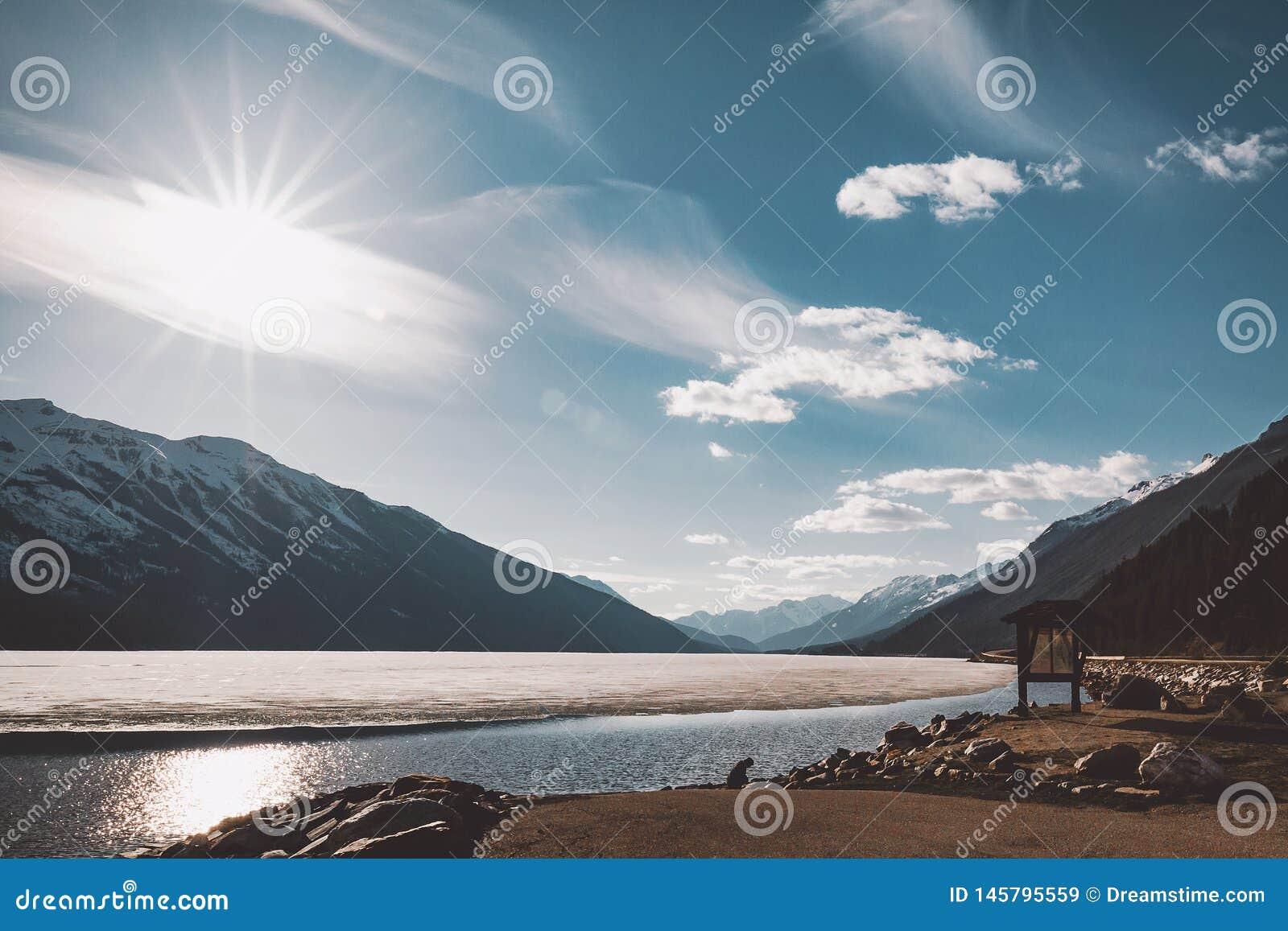 Athabasca bevroren meer in Jaspis, Canada