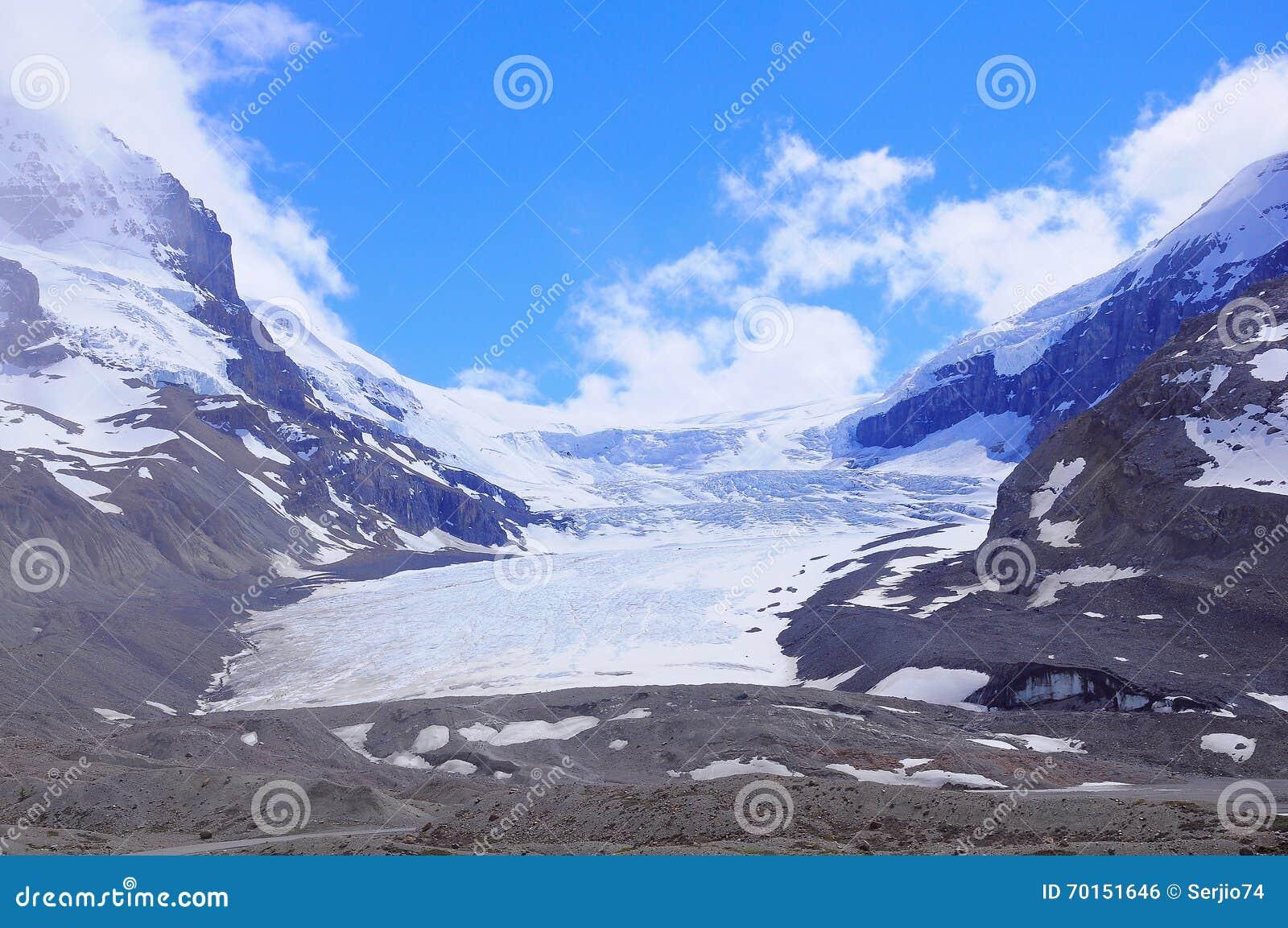 Athabasca glaciär - del av Columbia Icefield