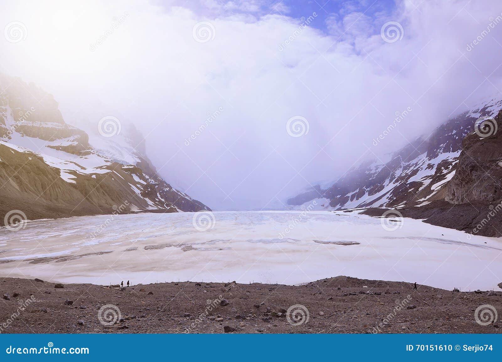 Athabascagletsjer - een deel van Colimbia Icefield