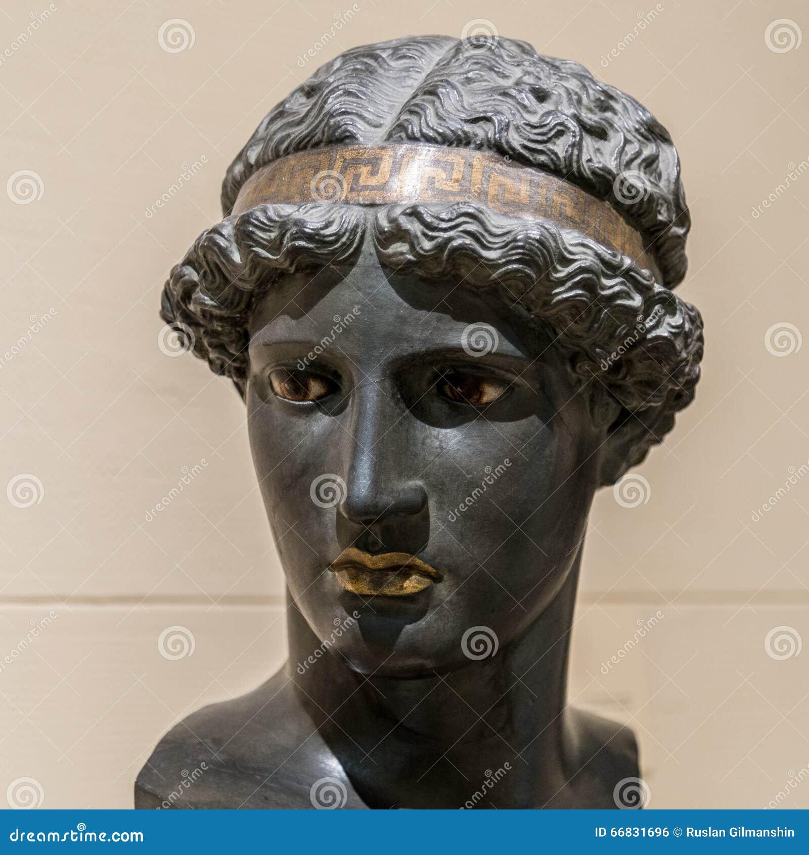 Athena Lemnia a deusa do grego clássico
