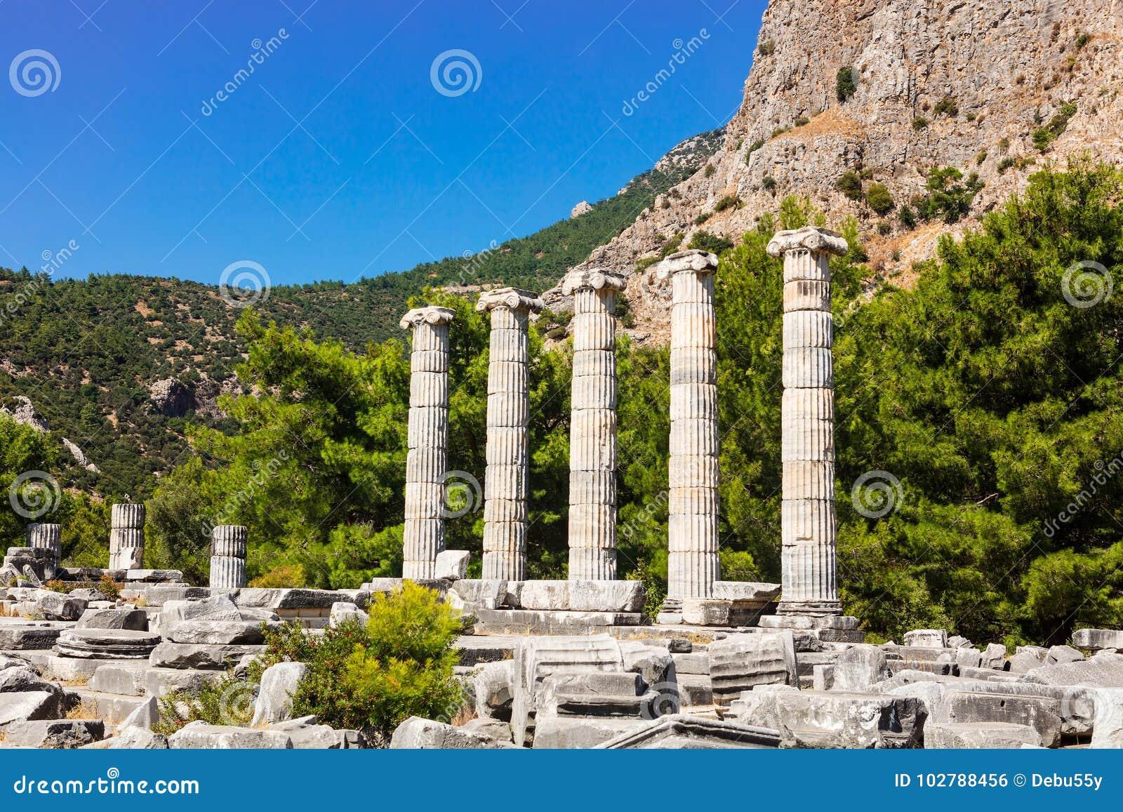 Athena Temple em Priene, Turquia