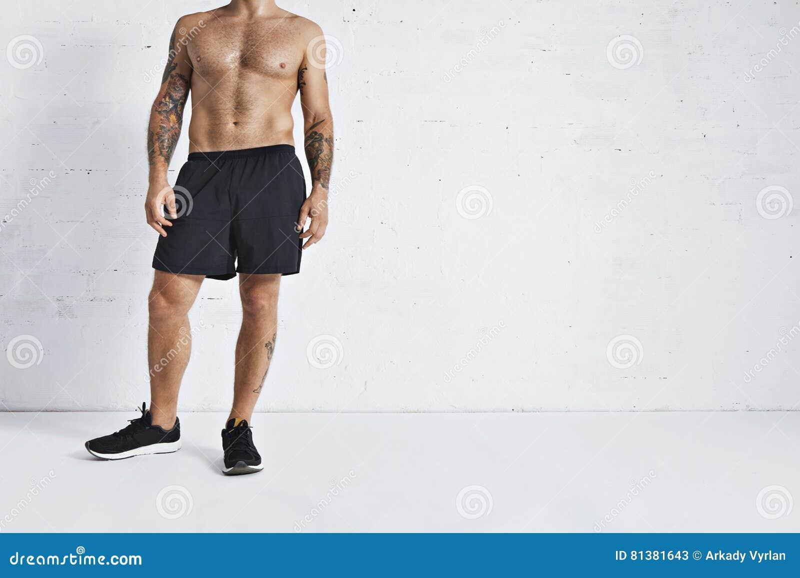 Athlète de gymnastique suédoise faisant une pause