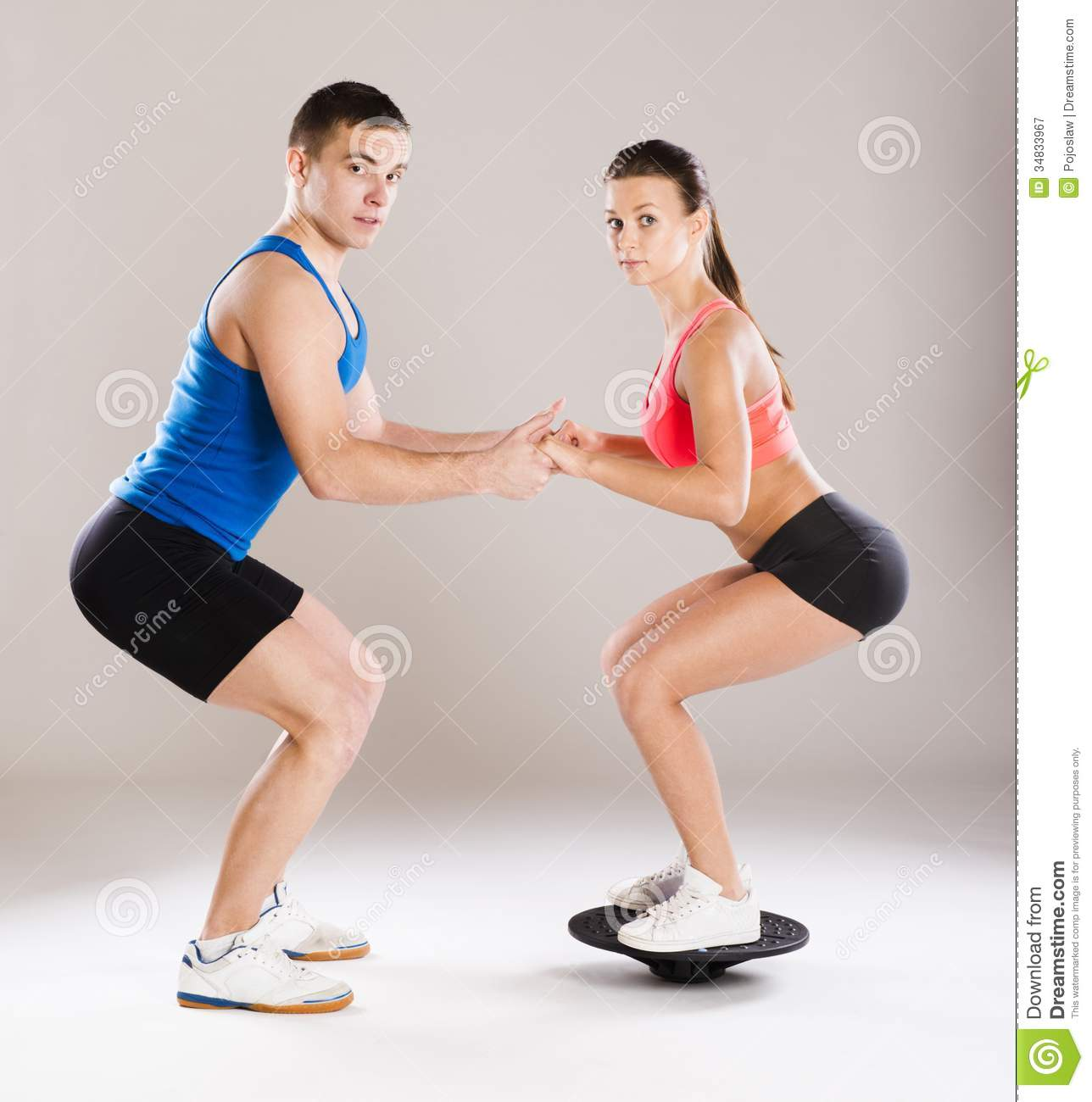 Amino Z Team Womens Weight Lifting Bodybuilding Gym: Athletic Man And Woman Stock Image. Image Of Athletic