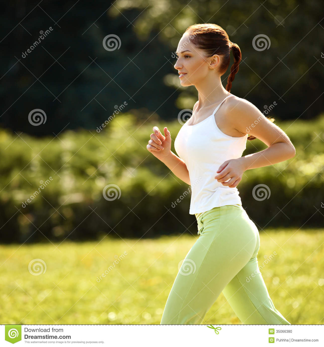 icdn.ru girl 2 Athletic Runner Training in a park for Marathon. Fitness Girl Ru