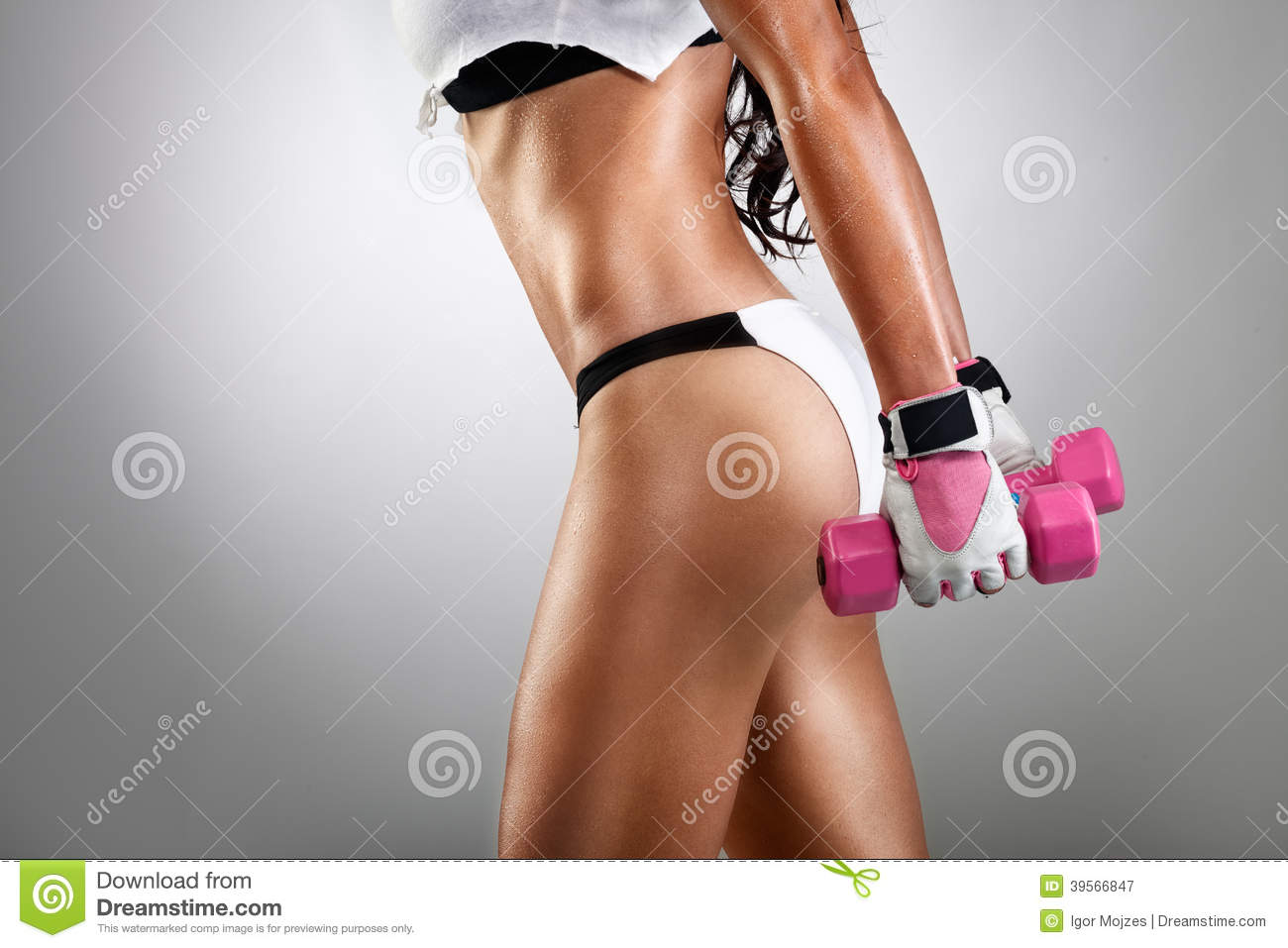 Athletic young fitness woman doing exercise