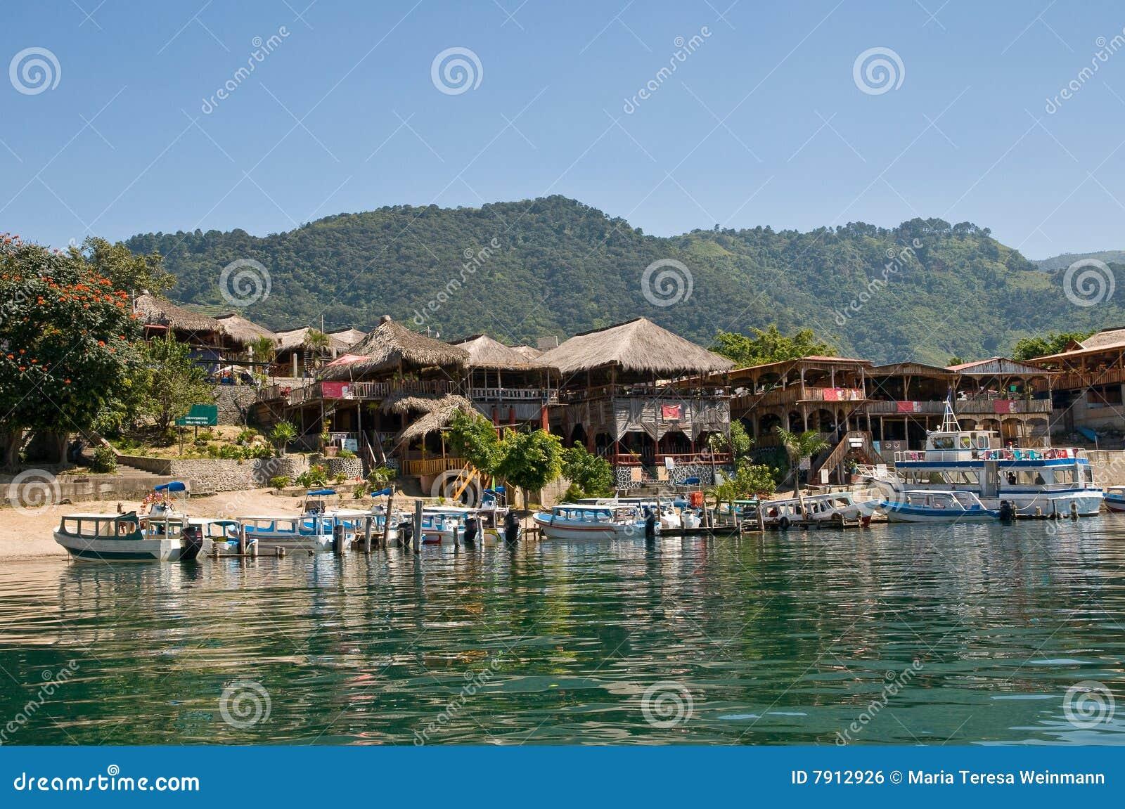Atitlan湖panajachel