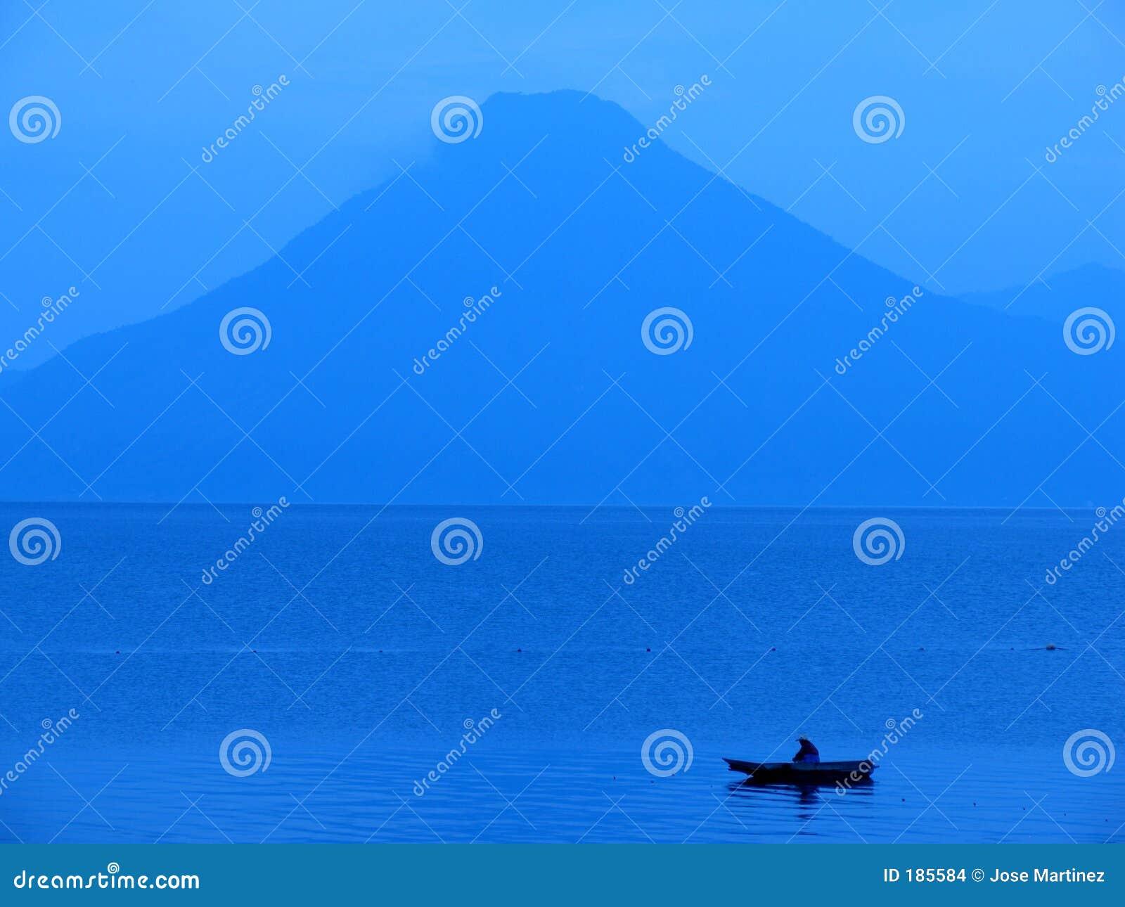 Atitlan озеро
