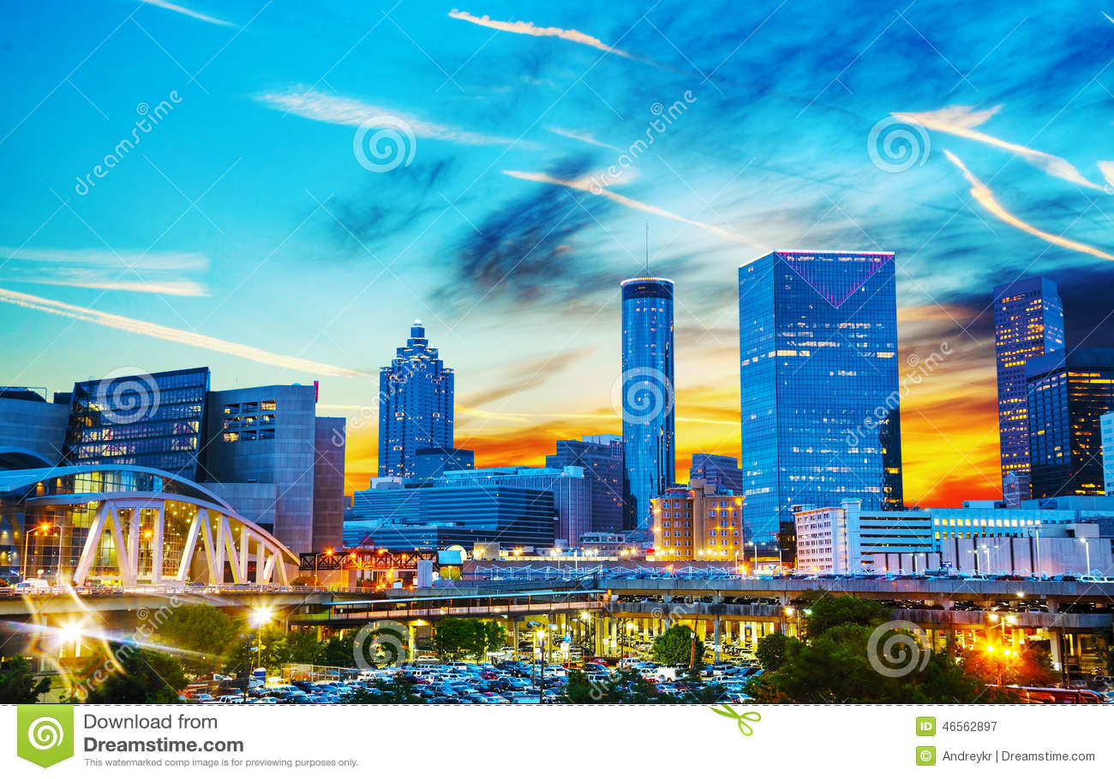 Atlanta do centro na noite