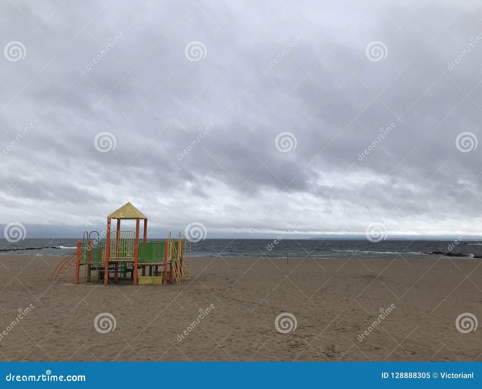 Atlantic Ocean In The Autumn Nyc Stock Image Image Of Ocean