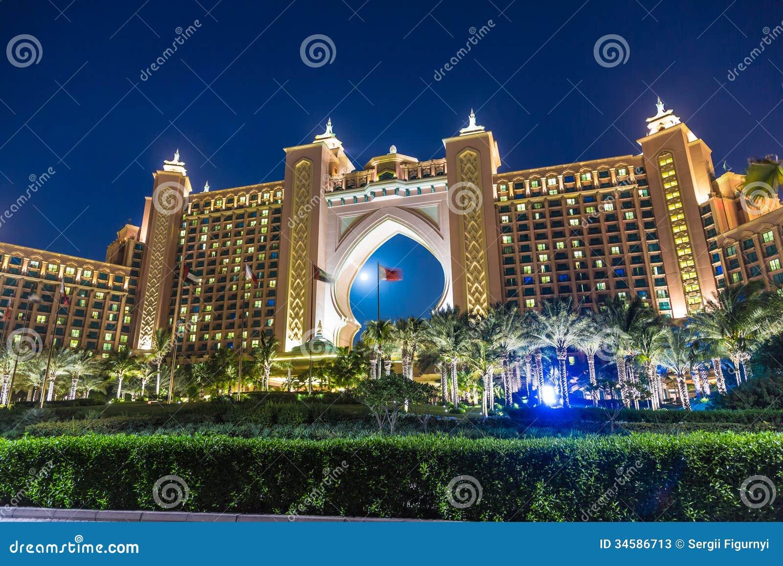 Atlantide l 39 hotel della palma nel dubai emirati arabi for L hotel della cabina islanda