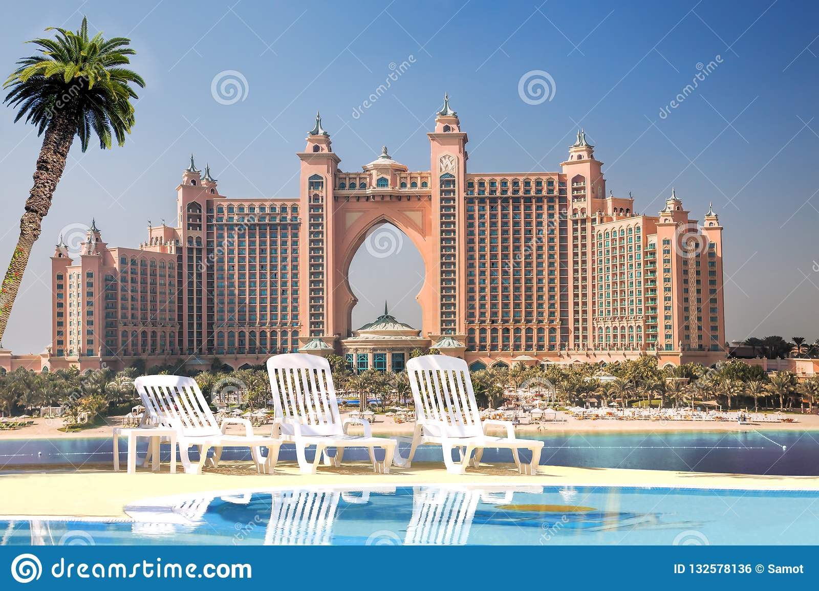 Atlantis Luxury Palm Hotel In Dubai United Arab Emirates Stock