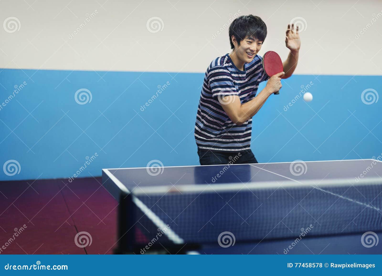 Atleta Ping-Pong Sportman Sport Concept do tênis de mesa