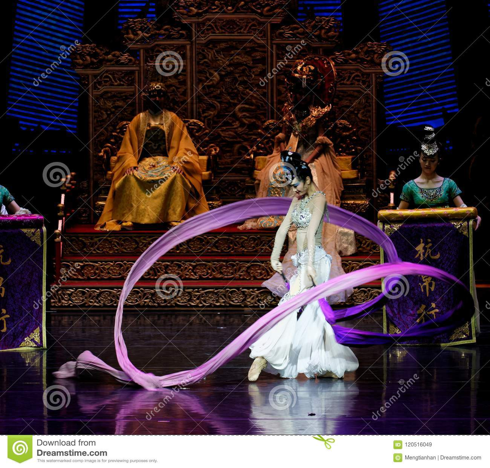 Ato sleeved longo da dança de corte 6-The em segundo: uma festa no ` de seda da princesa do ` do drama da dança da palácio-epopei